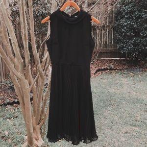 ASOS mock neck dress 🖤🌿